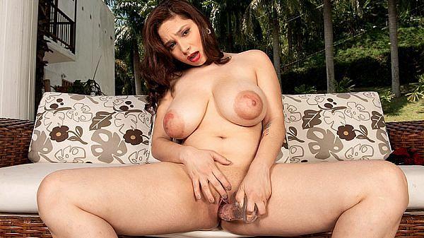 Lovely Young Kim Velez & Her Lipstick Nipples