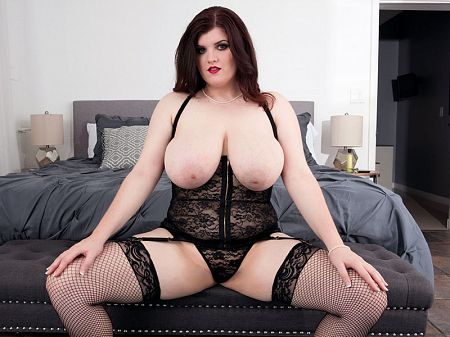 Dulcinea - Solo Big Tits video