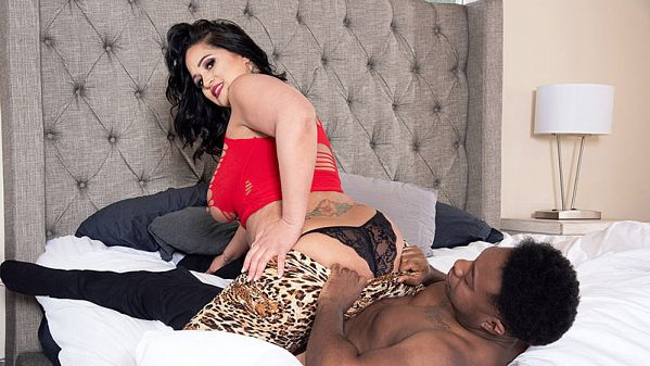 Kailani Kai Kailani measures 46-32-46. The black cock measures 10