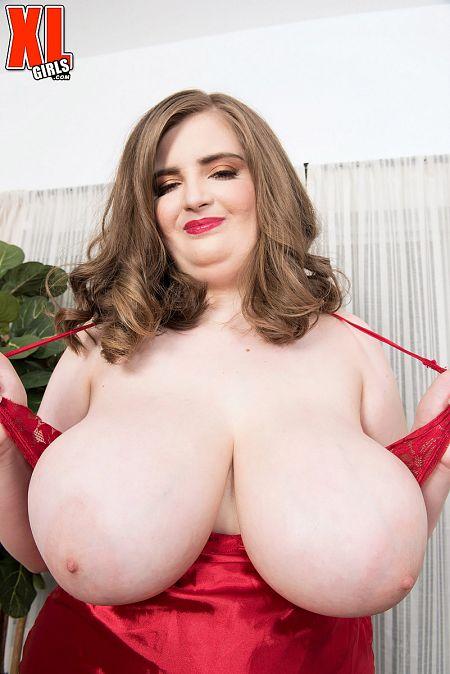XL Girl Sylvia Bateman: Sexy, Young & Thick