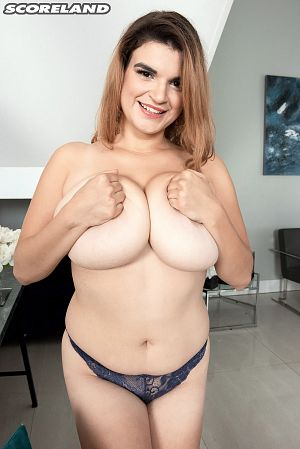 Jenni Noble - Solo Big Tits photos