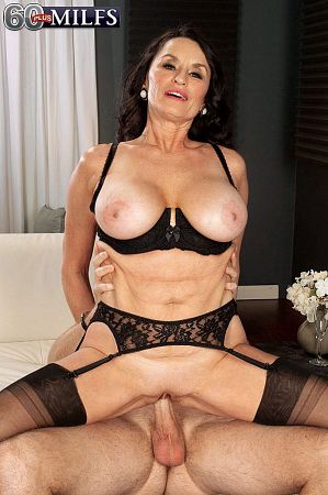 Levi Cash - Solo MILF photos