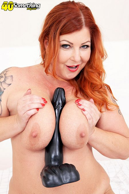 Big-titted Tammy Jean and her huge toy