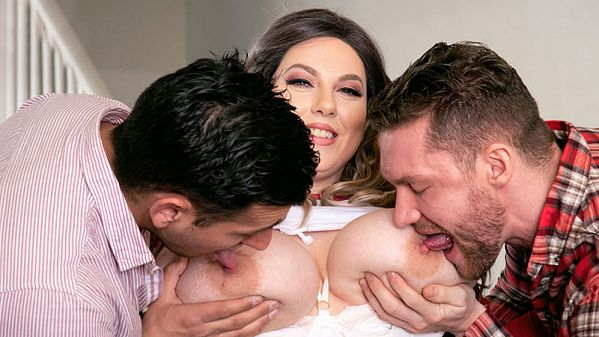 Amy Villainous & Her Two-Man Date At XLGirls.com