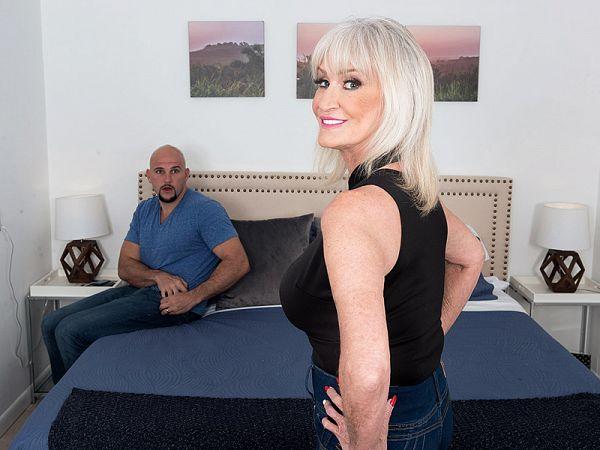 Leah invites JMac to cum inside!
