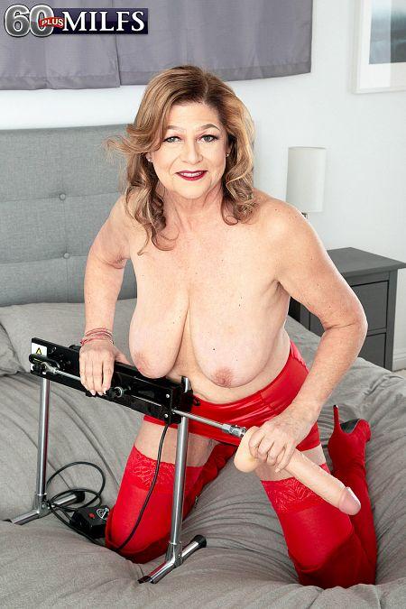 Brenda loves her fuck machine