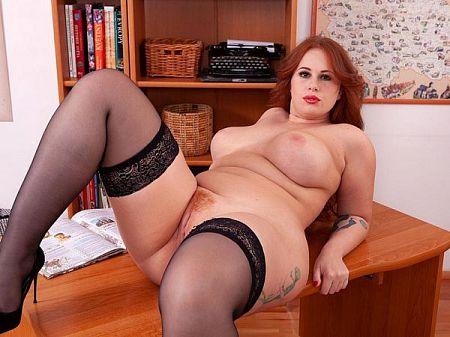 Yola Flimes Yola Flimes: Sexy Secretary