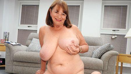 Jilly Smith - XXX video