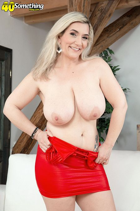 The big busen MILF from Germany