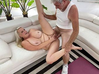 Cameron Skye Workout With Cameron Skye at XLGirls.com