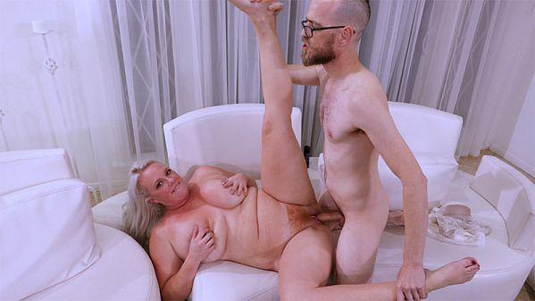 Cameron Skye Worships The Cock