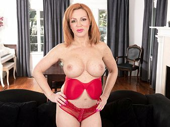 Introducing a brand-new MILF