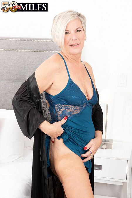 55-year-old Constance does 23-year-old cock