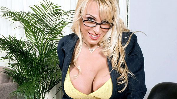 Holly Halston Best of Tits & Tugs: Holly Halston