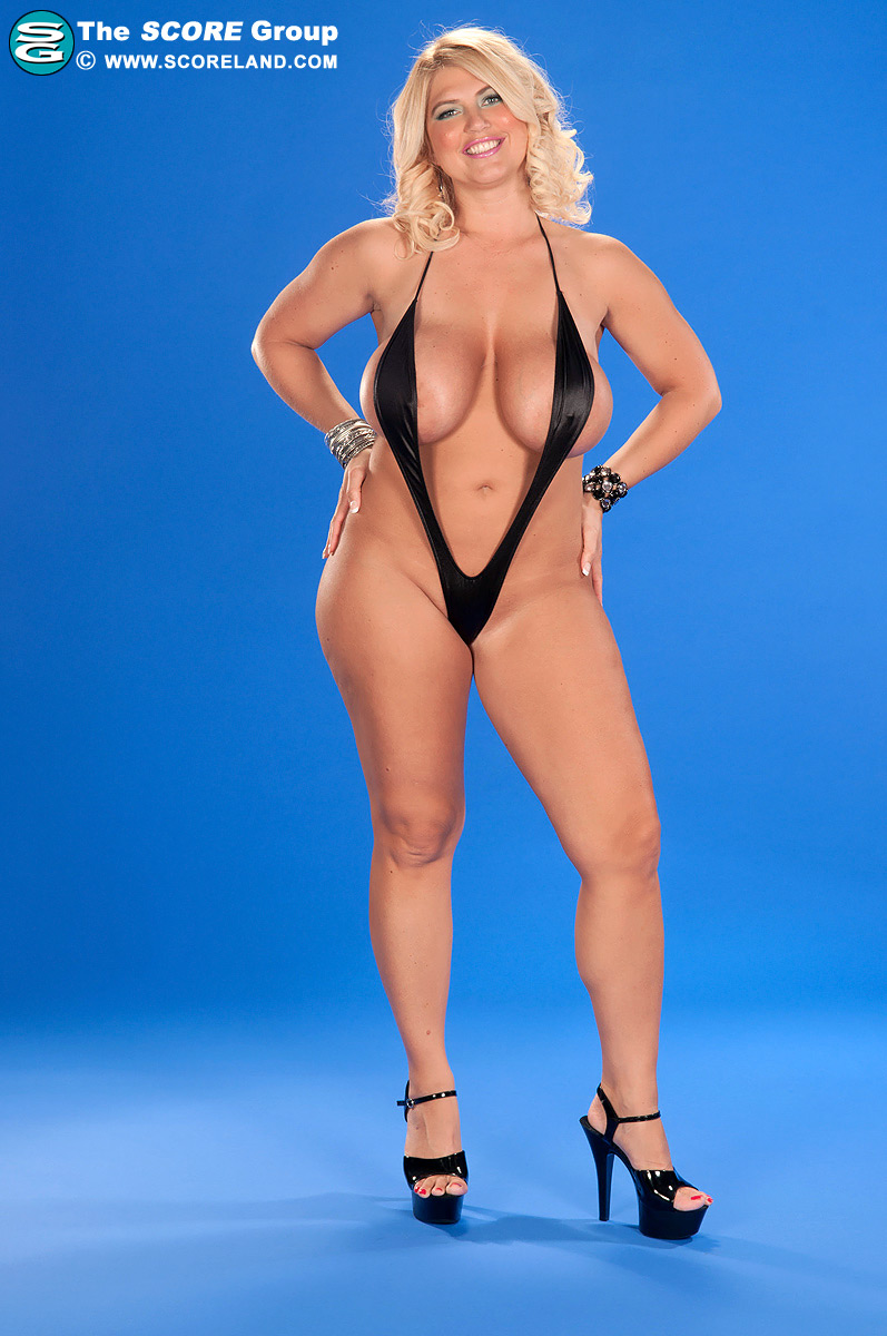 Scoreland - Monokini Madness - Kelly Christiansen 85 Photos-3638