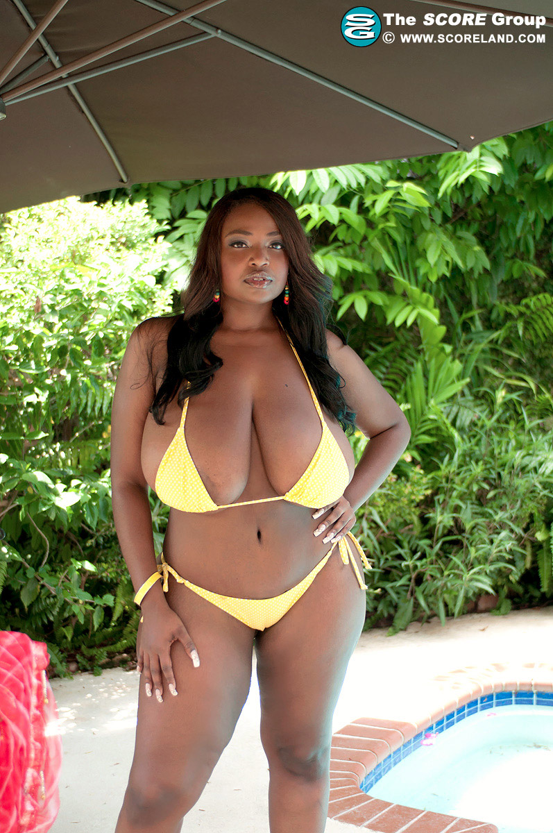 Huge Boobs Tiny Bikini - Olivia Jackson 40 Photos -9543