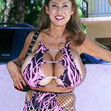 Tits hooker big Minka