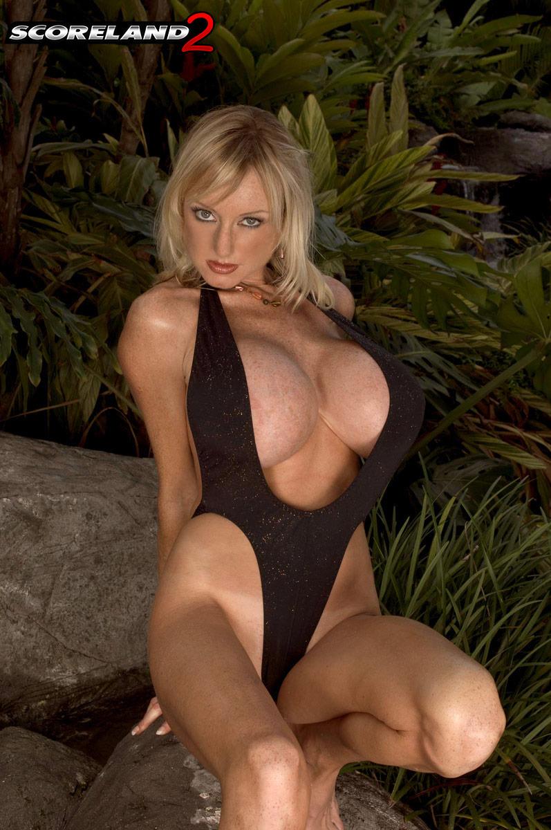 Morgan Leigh Big Tits