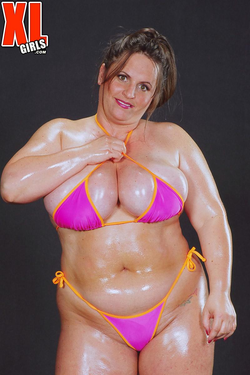 Naked girls sport groups