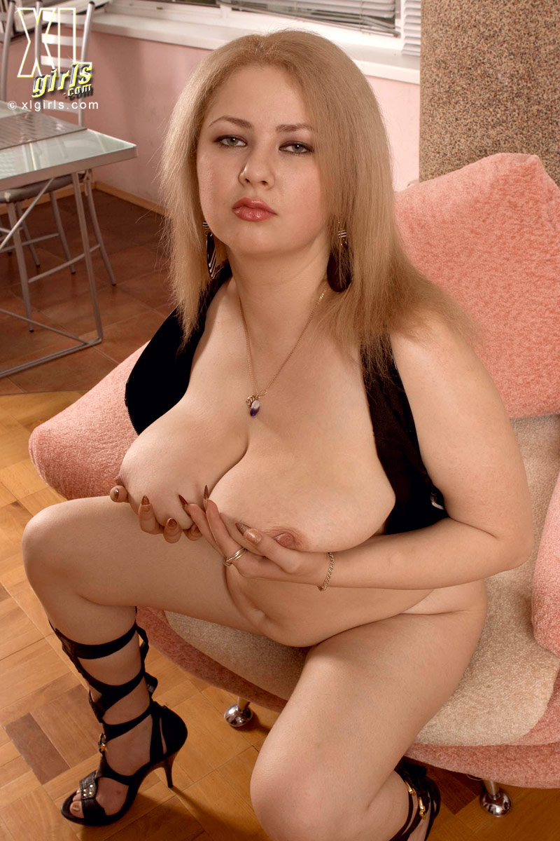 Thick busty porn