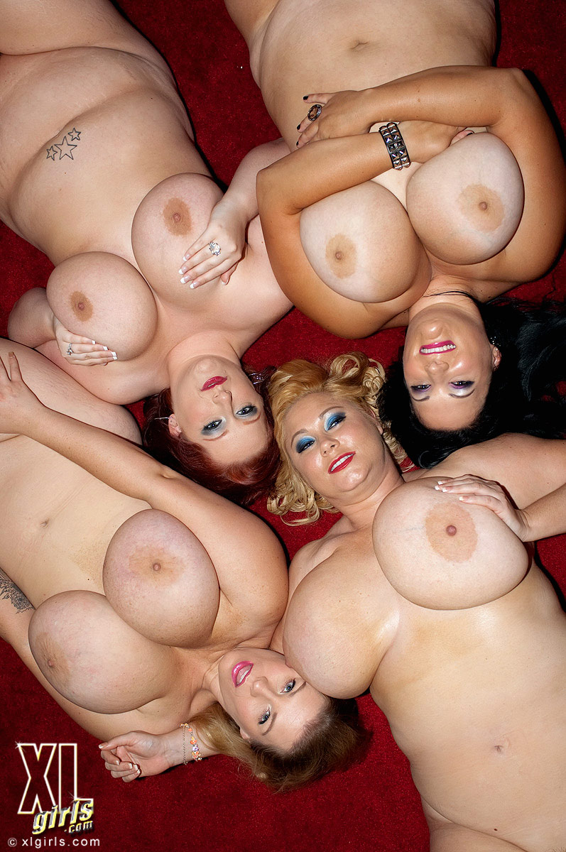 Фото много голых больших доек, рабыня на троих порно смотреть онлайн