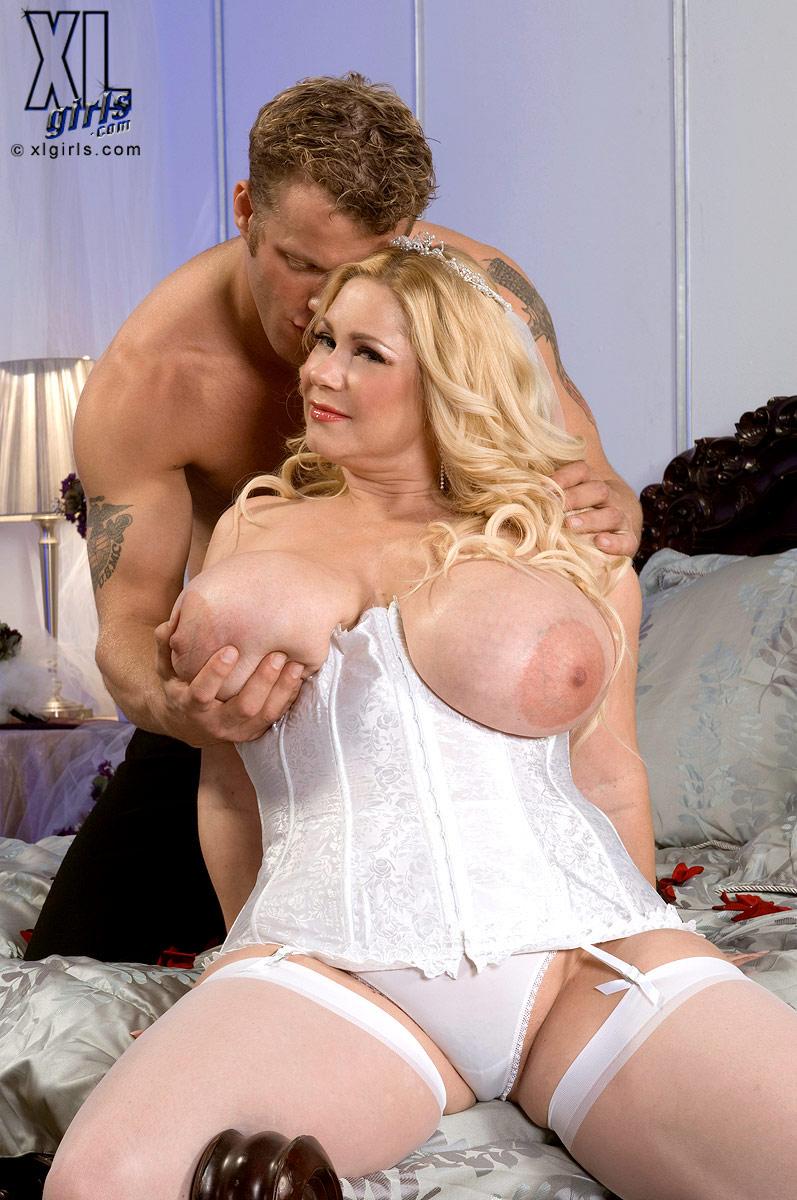 My Big Plump Wedding And Honeymoon - Samantha 38G And Seth -8838