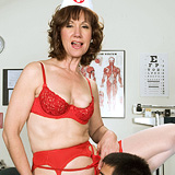 Preview Your Mom Loves Anal - ElleDenay_25153
